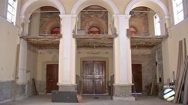 Licitação é aberta para contratar empesa para restaurar Igreja Nossa Senhora da Candelária - As informações foram publicadas nesta terça-feira no Diário Oficial.