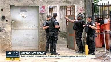 PM cerca acessos os morros Chapéu Mangueira e Babilônia após intenso tiroteio - A Polícia Militar está cercando os morros após intenso tiroteio entre facções rivais de traficantes. Moradores registraram momentos de terror vividos nesta terça-feira (5).