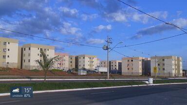 Imóveis do Morar Bem com irregularidades estão sendo retomados pelo GDF - A CODHAB anunciou que vai retomar 44 casas e apartamentos de moradores que se inscreveram no programa habitacional e depois venderam ou alugaram os imóveis. Outros 60 casos já estão sendo analisados.