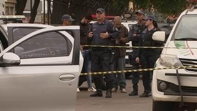 DF1 - Edição de quarta-feira, 6/6/2018 - A violência que assusta o DF: policial de folga reage a assalto e mata bandido em Ceilândia. Em Taguatinga, o funcionário de uma loja também reagiu a um assalto, foi baleado e morreu. E mais as notícias da manhã.