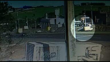 Vídeo: câmera flagra capotamento na BR-376, entre Marialva e Sarandi - Ninguém se feriu