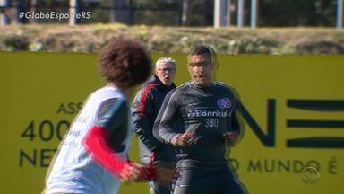 Inter encara Santos com expectativa de que ataque volte a marcar gols fora de casa - Assista ao vídeo.