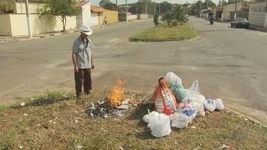 Prefeitura de Guaxupé assina novo contrato com empresa de coleta de lixo - Prefeitura de Guaxupé assina novo contrato com empresa de coleta de lixo