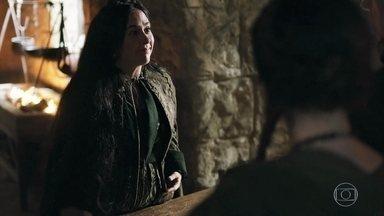 Lucrécia quer voltar para Alcaluz - Lucrécia descobre traição de Rodolfo e decide ir embora