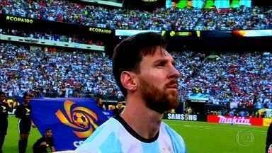 O cara da Copa? Carlos Gil defende sua aposta em Lionel Messi - Ídolo incontestável no Barcelona, tratado com desconfiança pelos argentinos, jogador é um dos nomes que pode levar o título na Rússia
