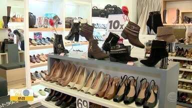 Casais aproveitam o fim de semana para comprar presente do Dia dos Namorados - Movimento foi grande nas lojas de Presidente Prudente.