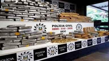 Drogas e munições são apreendidas no meio de carga de amendoim em Três Palmeiras - Duas pessoas foram presas em flagrante.