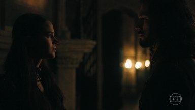 Catarina conversa a sós com Afonso - Ela revela que não ama Otávio