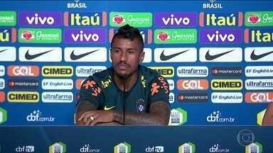 Paulinho aponta seleções favoritas para conquistar o Mundial - Paulinho aponta seleções favoritas para conquistar o Mundial.