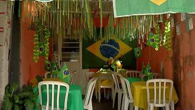 Moradores de Mogi montam estrutura para assistir jogos da Copa do Mundo - A abertura do torneio será nesta sexta-feira.