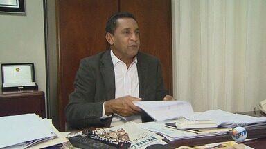 TCE reforça rejeição de contas da Câmara de Ribeirão por excesso de comissionados em 2014 - Tribunal rejeitou recurso contra voto expedido em 2016. Decisão pode resultar em cassação dos direitos políticos do ex-presidente do Legislativo, Walter Gomes.