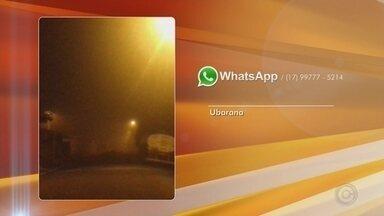 Morador de Ubarana registra névoa em bairro com a chegada do frio - Antes de o dia clarear uma névoa encobria o céu na região de Ubarana (SP). Um morador registrou uma imagem e enviou à TV TEM.