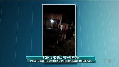 Polícia faz operação para combater tráfico internacional de drogas - Buscas ocorreram em Foz do Iguaçu e Curitiba.