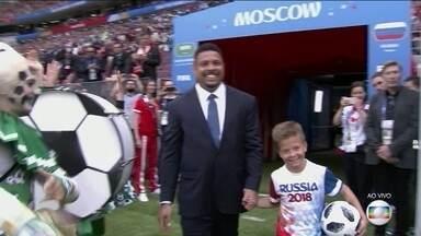 Ronaldo vira atração na abertura da Copa do Mundo da Rússia - Ronaldo vira atração na abertura da Copa do Mundo da Rússia.
