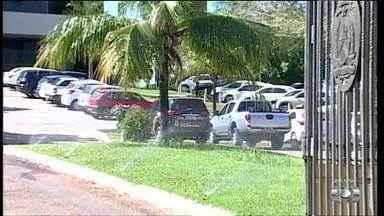 Polícia Federal cumpre mandados no Palácio Araguaia e em secretarias do governo - Polícia Federal cumpre mandados no Palácio Araguaia e em secretarias do governo