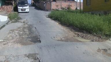 Fala Comunidade: Moradores da Zona Leste de Manaus pedem melhorias nas ruas - Populares relatam dificuldades de mobilidade durante período chuvoso.