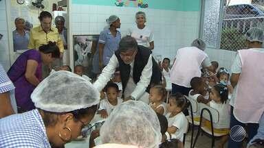 Indiano, ganhador do Prêmio Nobel da Paz, visita a Mansão do Caminho, em Salvador - Ele veio conhecer o trabalho desenvolvido e também o movimento de paz realizado há 20 anos.