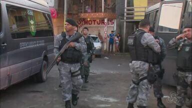 Operação da PM combate crimes na Baixada do Ambrósio em Santana - Quatro pessoas foram presas e 29 porções de crack foram encontrados por policiais do Batalhão de Operações Especiais (Bope), Batalhão Força Tática, Grupo Tático Aéreo e 4º Batalhão da PM.