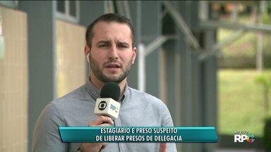 Estagiário é preso em flagrante suspeito de liberar detentos de delegacia - Suspeito atuava em Campo Largo