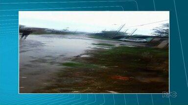 Moradores de Guarapuava e Irati reclamam de ruas mal conservadas - Situação fica pior quando chove
