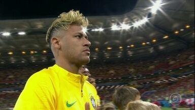 Neymar manca e deixa treino em Sochi, na Rússia - Segundo CBF, o Neymar vai treinar normalmente nesta quarta-feira.