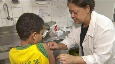 Ministério da Saúde alerta estados para intensificar cobertura das vacinas para crianças - Menor índice de vacinação em 16 anos traz preocupação sobre retorno de doenças perigosas já erradicadas do país.