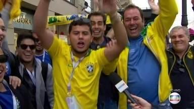 Seleção brasileira chega a São Petersburgo para jogo contra a Costa Rica - A torcida brasileira recepcionou os jogadores com muita festa. Confira como nossos adversários estão se preparando para o jogo desta sexta-feira (22).