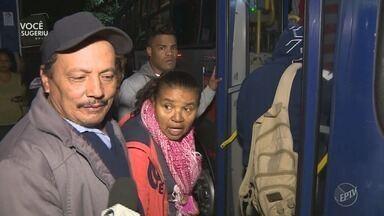 Passageiros reclamam da redução do número de ônibus no transporte metropolitano - Redução ocorreu após o fim da greve dos caminhoneiros. Telespectadora mostra situação da linha 707, que liga Hortolândia (SP) a Campinas (SP).