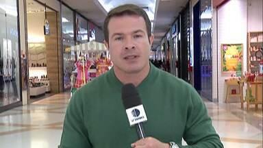 Shoppings e comércios do Alto Tietê terão horários diferentes em dias de jogos da seleção - A maioria dos comerciantes pode fechar as portas quando a bola estiver rolando.
