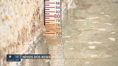 Nível dos reservatórios se mantém estável - A tendência é que baixe durante a seca com o aumento da temperatura. O consumo de água precisa ser racional.