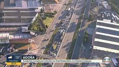 Trânsito fica congestionado no Anel Rodoviário após acidentes na Região Noroeste de BH - No sentido Rio, engarrafamento chega na Região da Pampulha e no lado contrário, ia até o bairro Padre Eustáquio.