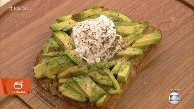 Café da manhã verde e amarelo - Aprenda a fazer a deliciosa e saudável torrada com abacate e ovo