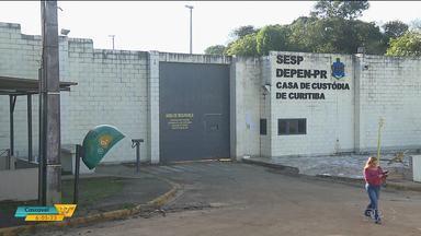 Rebelião na Casa de Custódia entra no segundo dia - Os presos mantém reféns e pedem que outros detentos, do interior do estado, sejam transferidos pra cá.