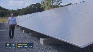 Fazendeiro produz energia solar para vender em Planaltina - Cliente paga aluguel por parte da energia produzida pelas placas solares.