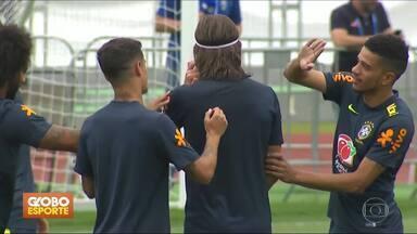 Seleção Brasileira deve ter Marcelo no lugar de Filipe Luís - Delegação já está em Kazan, local do jogo contra a Bélgica, pelas quartas de final da Copa