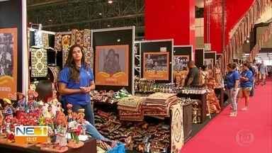 Fenearte valoriza artistas pernambucanos e reúne expositores de vários países - Feira ocorre no Centro de Convenções, em Olinda
