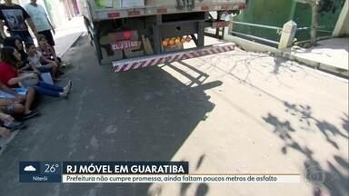 O RJ Móvel dessa quinta-feira foi em Guaratiba - Os moradores querem que a prefeitura termine o asfalto da rua Olavo Gama. Faltam poucos metros de asfalto pra concluir a obra.