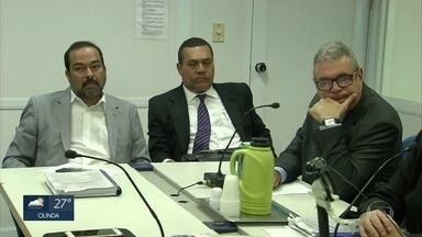 Acusados de matar empresário Sérgio Falcão participam de audiência - Sessão pode definir se irmãos vão a julgamento