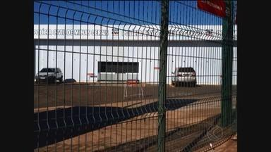 Artefato explosivo é encontrado na Delegacia Regional da Polícia Civil em Uberlândia - Área do prédio foi isolada. A Polícia Federal foi acionada para dar apoio na ocorrência.