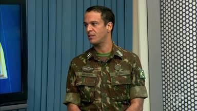 Comandante do 8º BEC fala das obras de asfaltamento na BR-163, no Pará - Tenente coronel Marcelo Linhares destacou o trabalho em trechos mais críticos da estrada. O Exército Brasileiro está todo mobilizado para obras na estrada.
