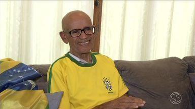 Veterano de 21 Copas do Mundo, torcedor de Resende, RJ, acredita no hexa do Brasil - Seu Benedito tem 94 anos e acompanhou todas as edições do Mundial.