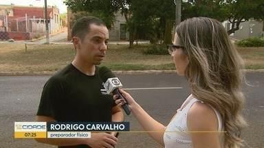 Preparador físico explica como se preparar para a 4ª Corrida Integração de Ribeirão Preto - Rodrigo Carvalho explica que é preciso alternar caminhada com corrida, até conseguir atingir o ritmo.