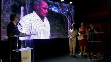 Tv Sergipe conquista prêmio BNB de Jornalismo - Reportagem sobre o 'Escultor Véio', exibida no São João da Gente foi a vencedora.
