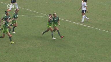 Gol do Iranduba: Priscila Back empata de falta contra o Corinthians - Duelo da oitava rodada ocorreu nesta quinta, na Arena da Amazônia, em Manaus.