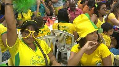 JPB2JP: Os torcedores prepararam a festa mas restou a decepção: o Brasil está fora da Copa - Vitória da Bélgica.