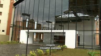 Grupos ainda podem se inscrever para se apresentarem no Teatro de Guarapuava - É preciso procurar a secretaria de cultura para fazer a inscrição.