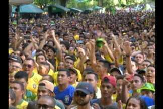 Milhares vão à Praça Batista Campos em Belém assistir a partida Brasil x Belgica - Apesar da torcida, mais uma vez não deu para o Brasil.