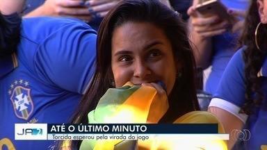 Confira como goianos acompanharam jogo entre Brasil e Bélgica - Torcedores lamentam derrota, mas não se deixam abalar.