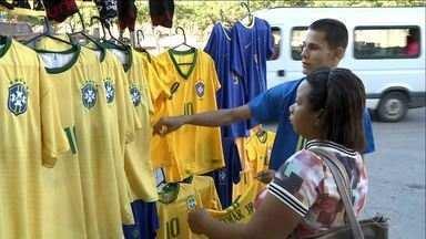 Lojas fecharam mais cedo para o jogo do Brasil em Cachoeiro, no Sul do ES - Bélgica venceu seleção brasileira por 2 a 1.