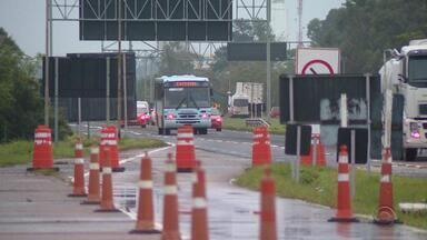 Sem cobrança de pedágio na freeway, 100 linhas de ônibus têm redução no preço da passagem - Solicitação foi encaminhada pela Associação Riograndense de Transporte Intermunicipal ao Daer, que alterou as tabelas. Novos valores passam a valer a partir de sábado (7).